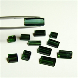 LOTE 12 TURMALINAS VERDES VS 20,76CT IS